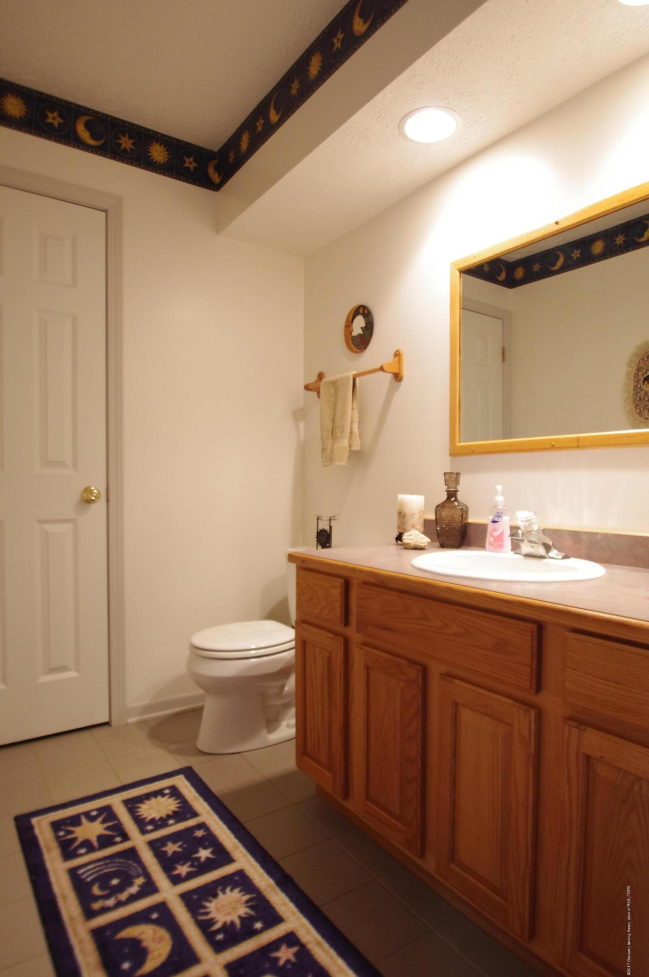 5545 S Krepps Rd - Lower Level Half Bath - 36