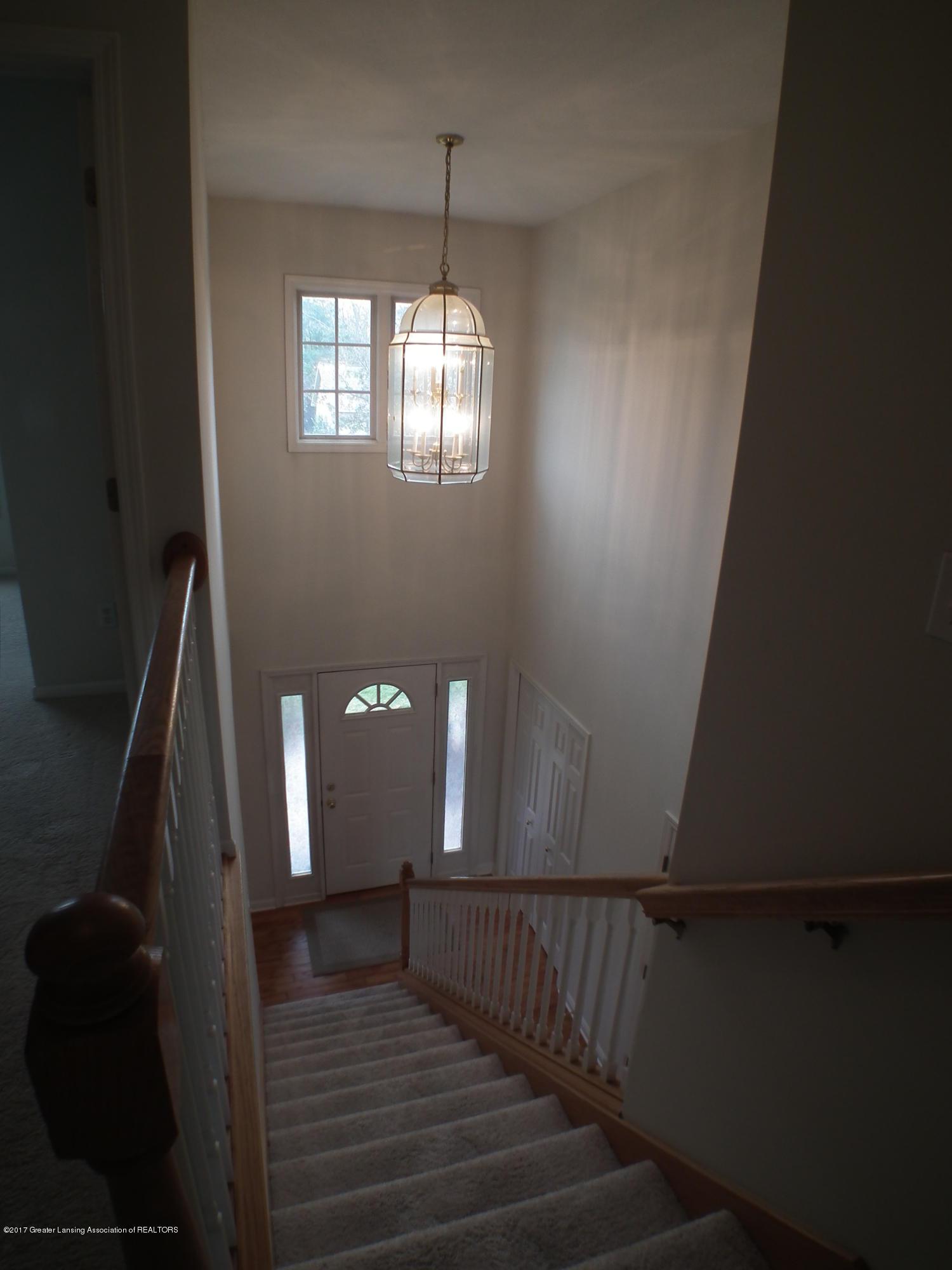 11111 Prestwick Dr - 2 story Foyer - 16