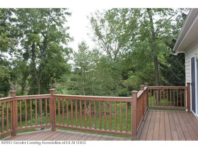 5552 Silverleaf Ct - Deck View - 28