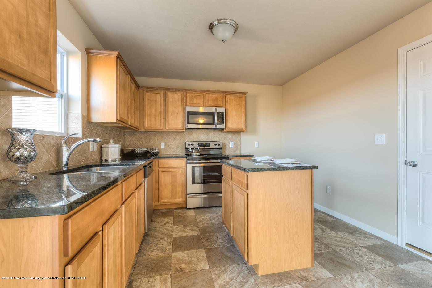 3536 Fernwood Ln - CEN142_E1700 Kitchen-11 - 5