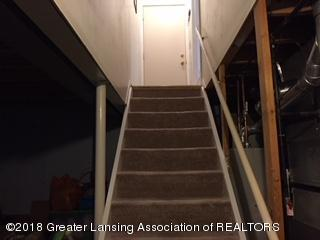 1523 Jacqueline Dr - Stair - 39