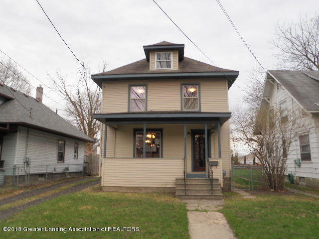 211 Smith Ave - Front Road - 1