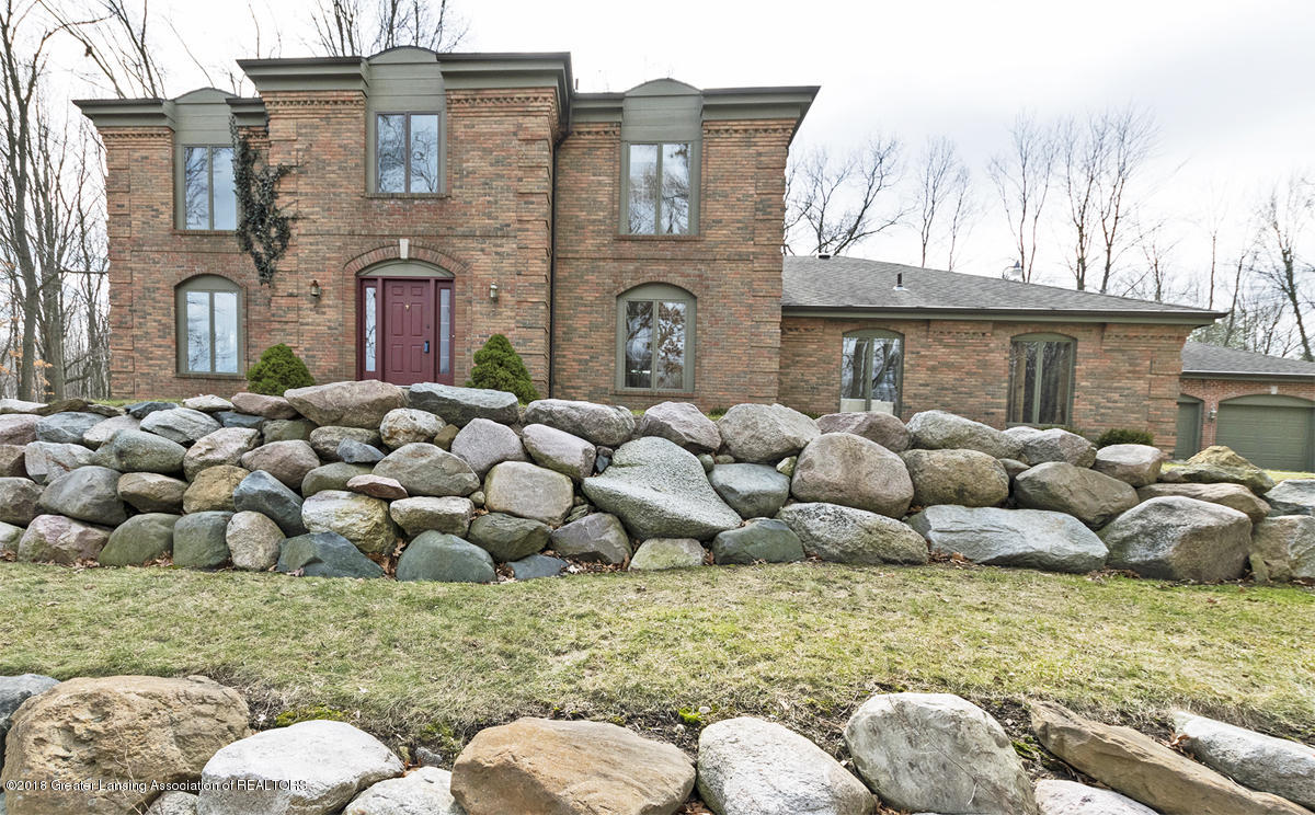 1160 Fox Chase - Front Photo - 1