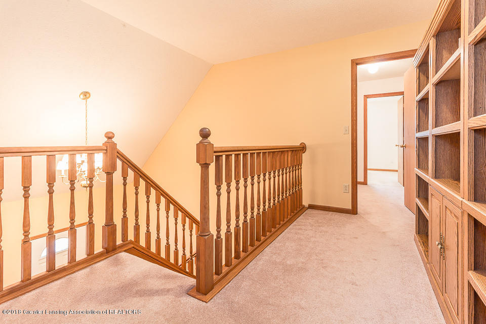 4980 S Francis Rd - Stairs - 12