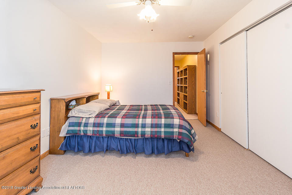 4980 S Francis Rd - Bedroom 2 - 13