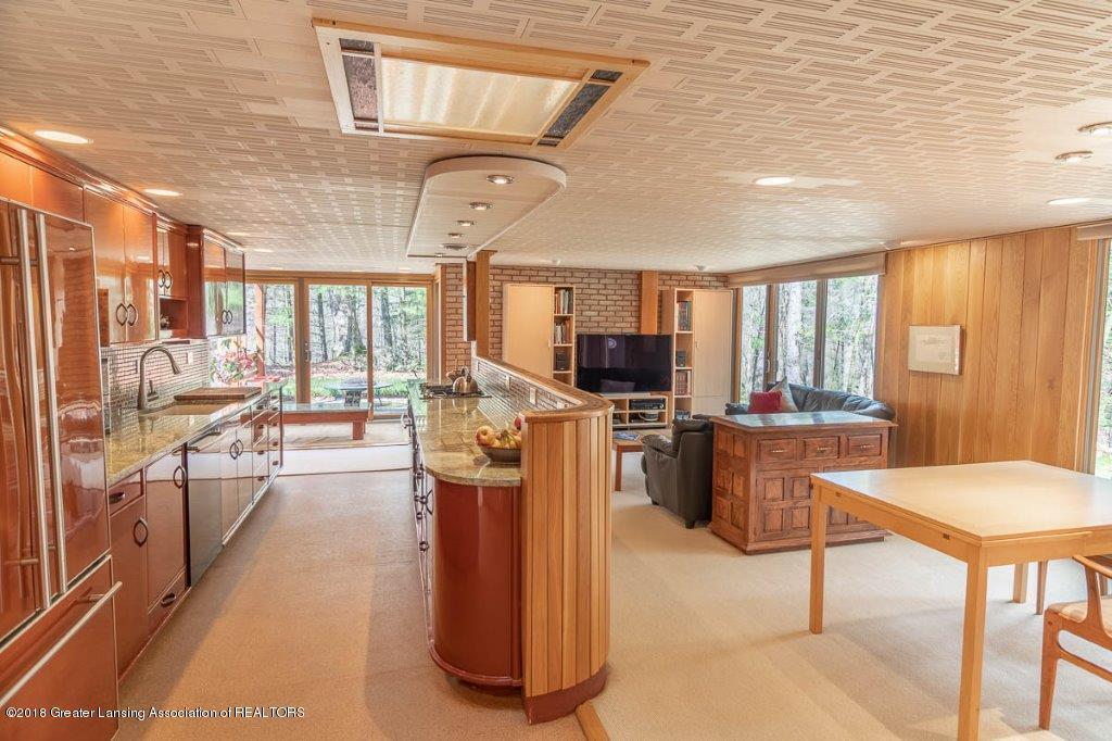 4045 Van Atta Rd - KITCHEN/DINING ROOM - 24