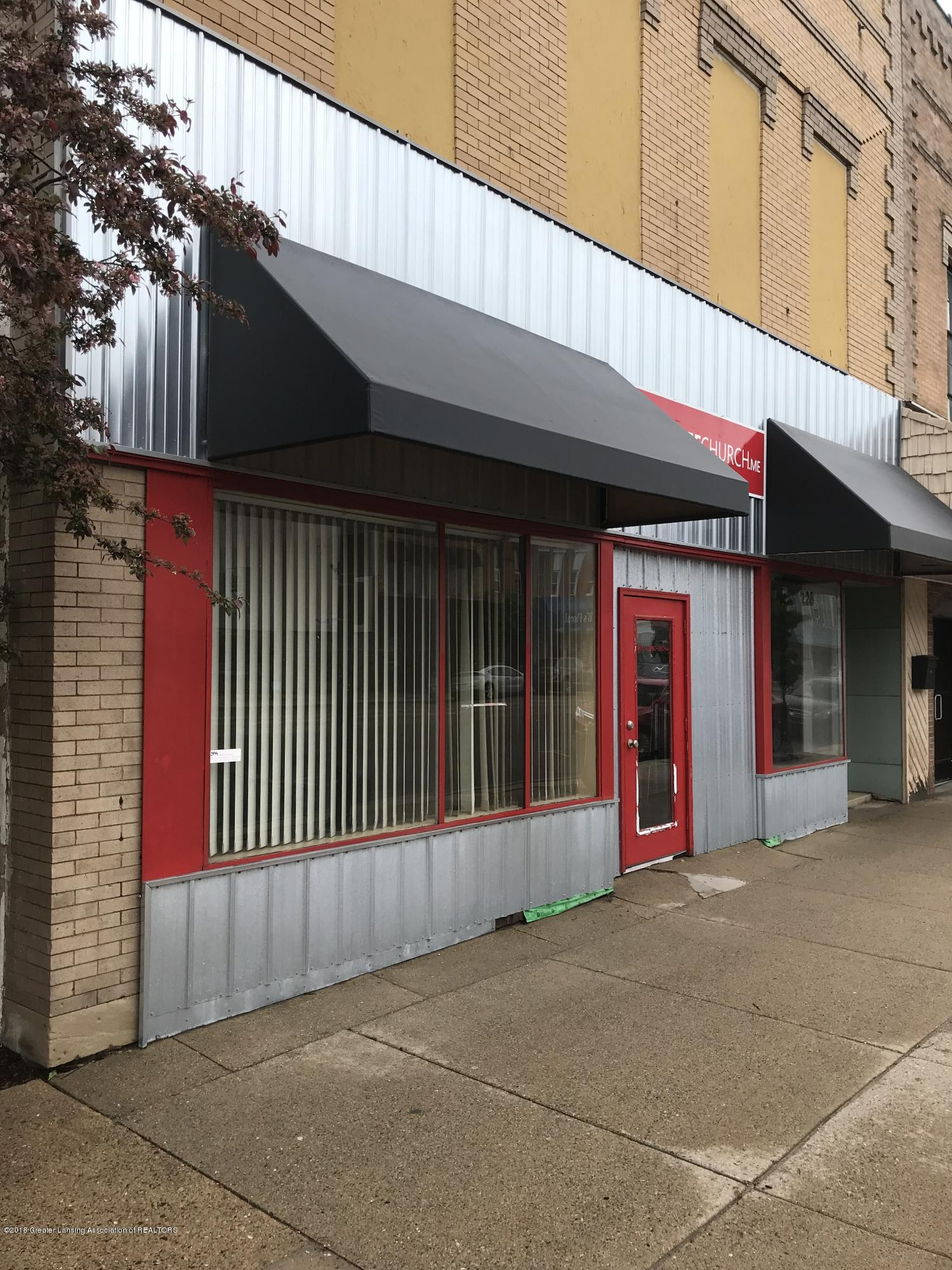 228 S Cochran Ave - 2 Street view S. - 2