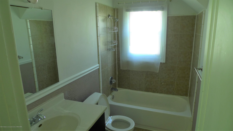 1350 Glenrose Ave - Full Bathroom - 6