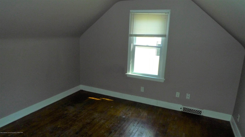 1350 Glenrose Ave - Bedroom 3 - 9