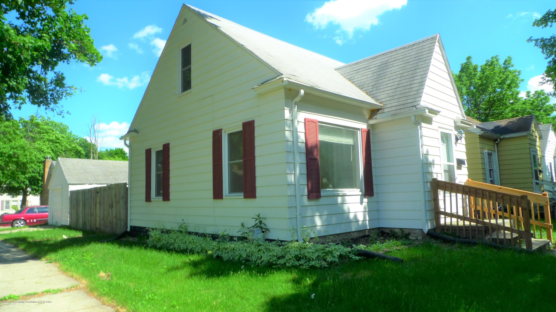 1350 Glenrose Ave - Exterior Side - 13