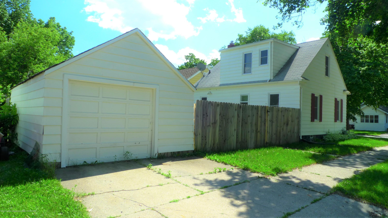 1350 Glenrose Ave - Exterior Garage - 14