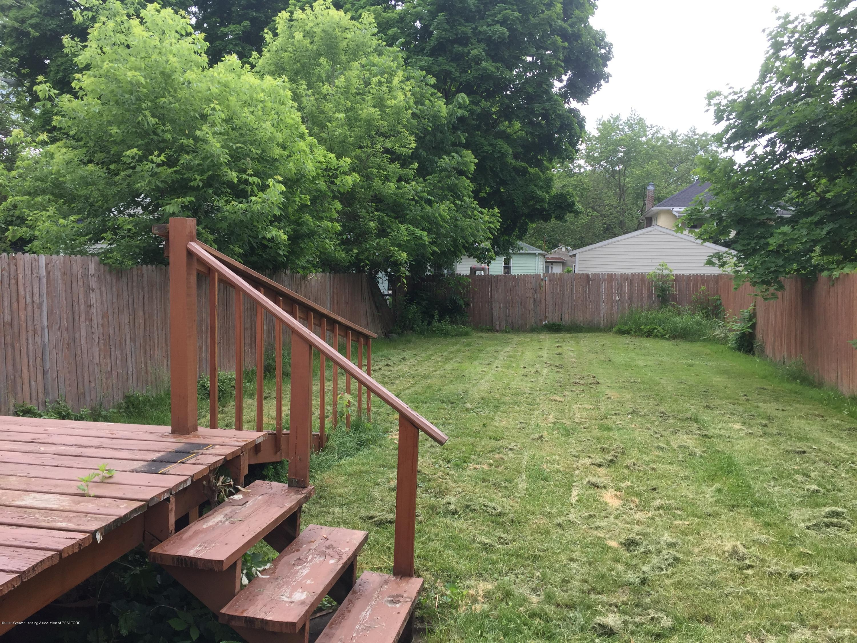 513 S Clemens Ave - Backyard3 - 24