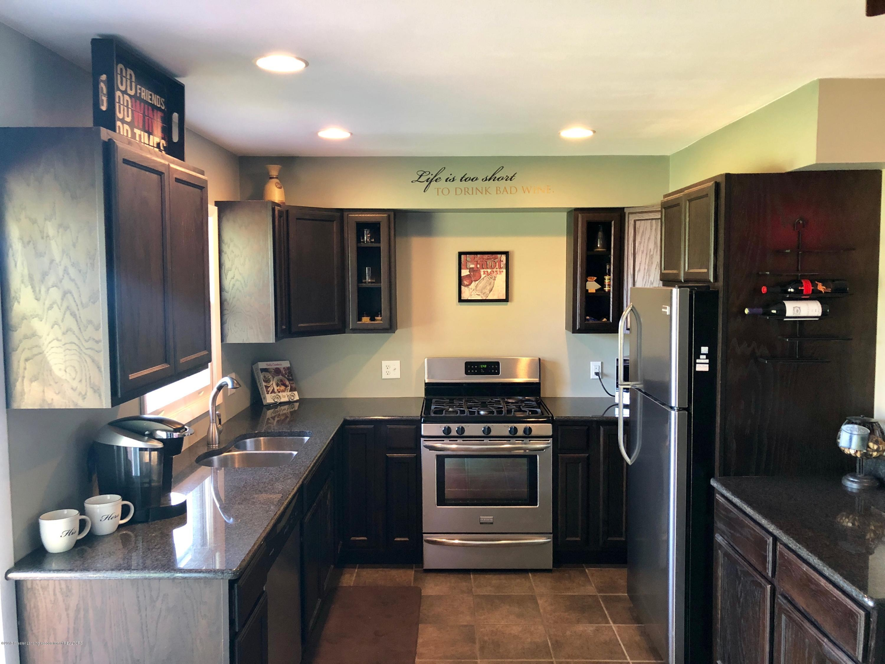 1079 W Kinsel Hwy - updated kitchen - 4