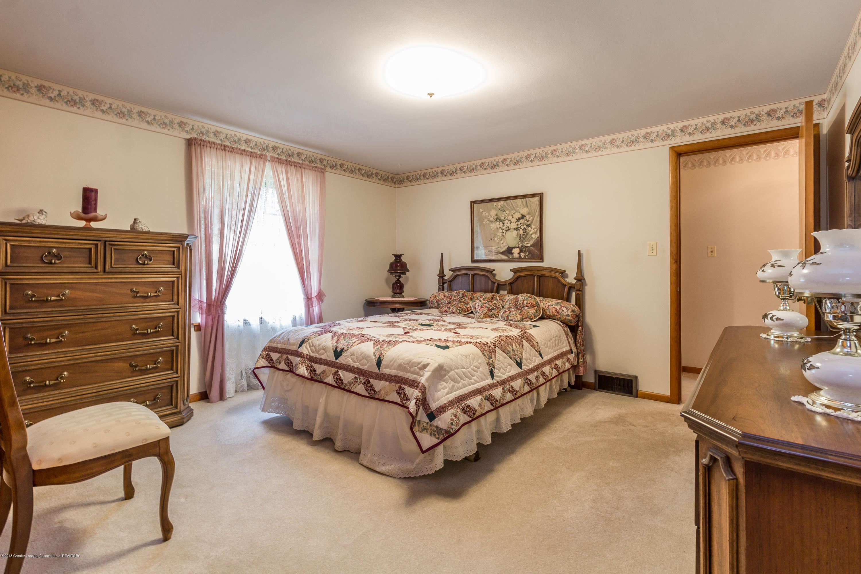 8484 Riverside Rd - Bedroom 2 - 12