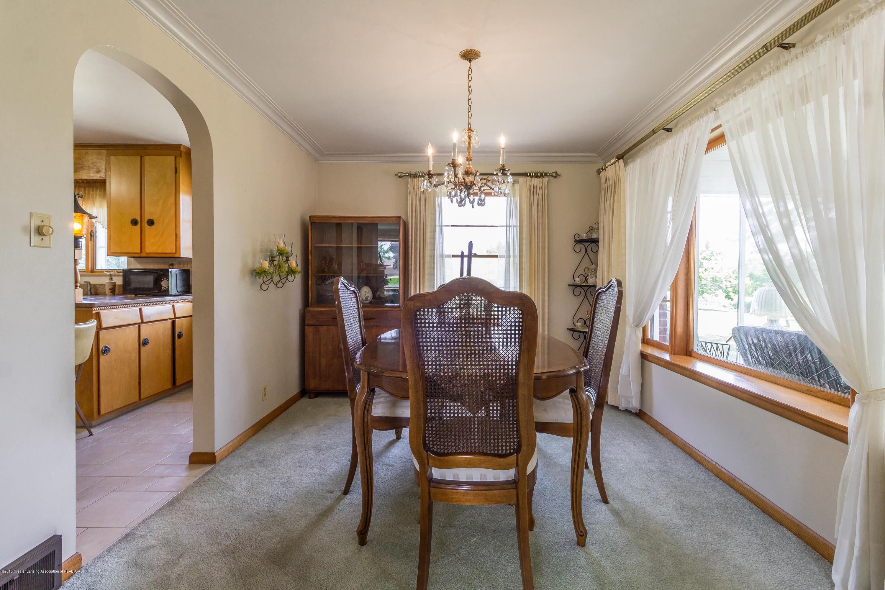 8484 Riverside Rd - Formal Dining Room - 7