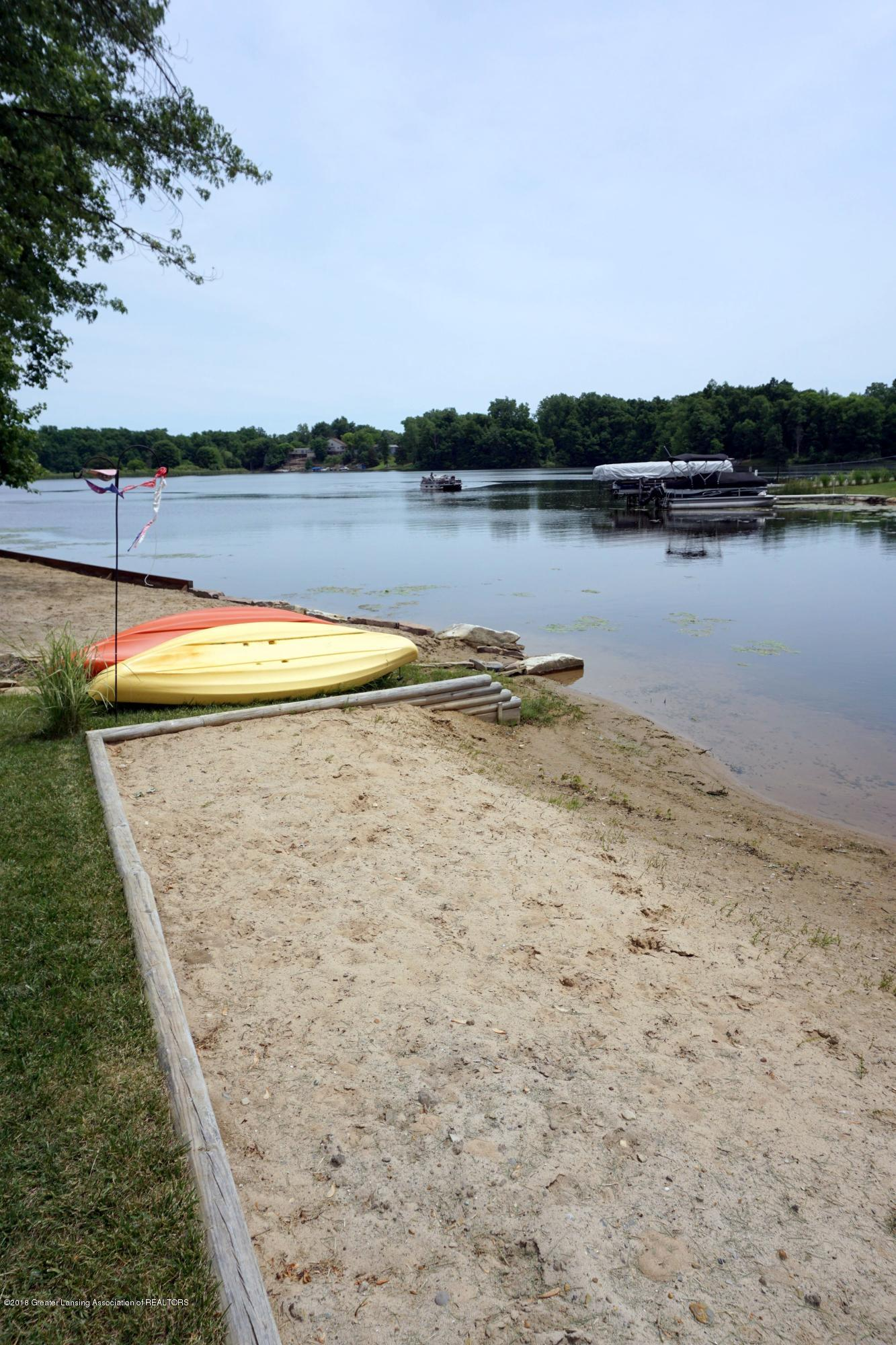 7039 Westgate Dr - Your own beach! - 1
