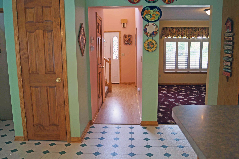 4691 Amber Ln - Hallway - 6
