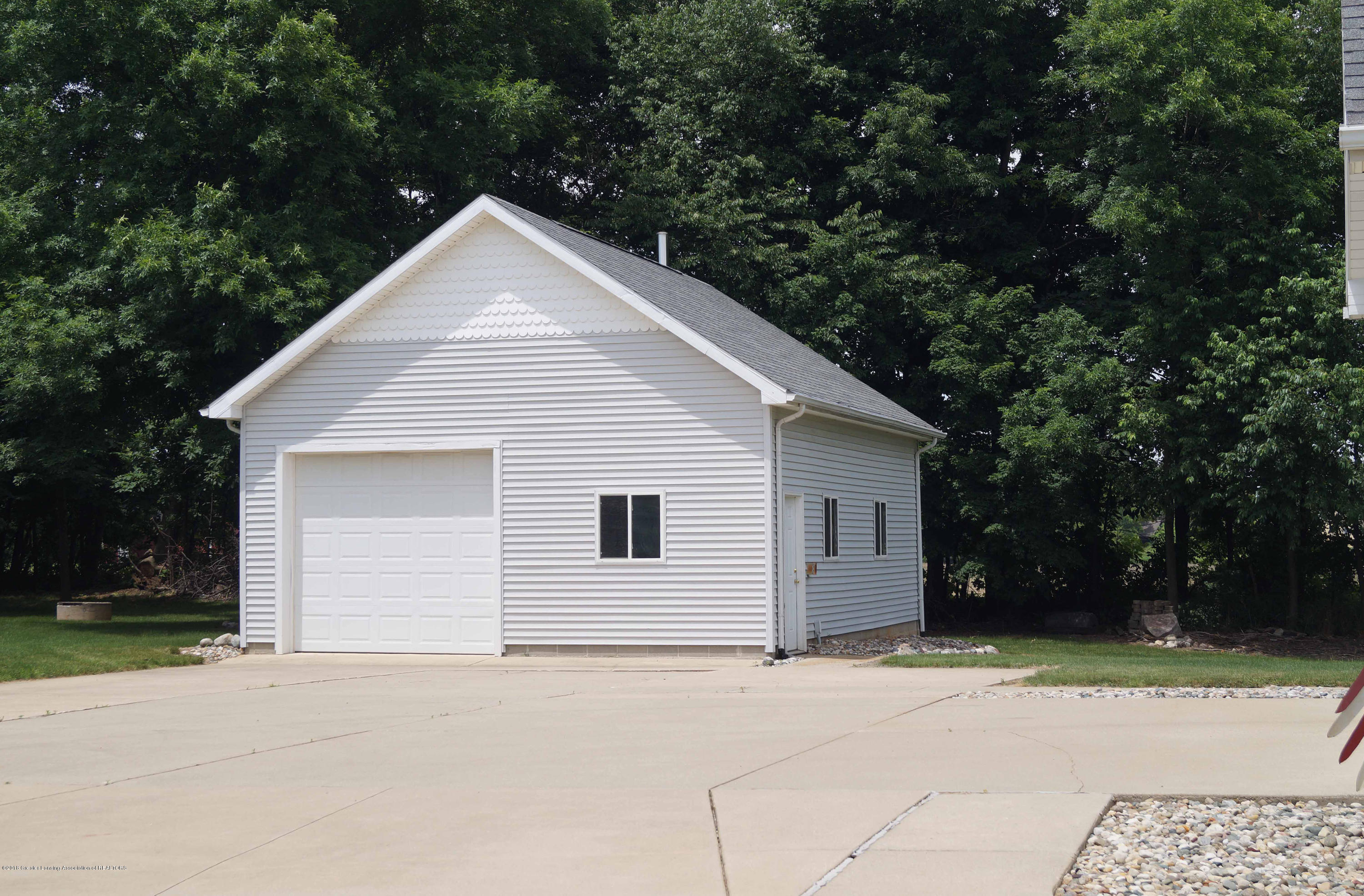 4691 Amber Ln - Detached 2nd Garage - 30
