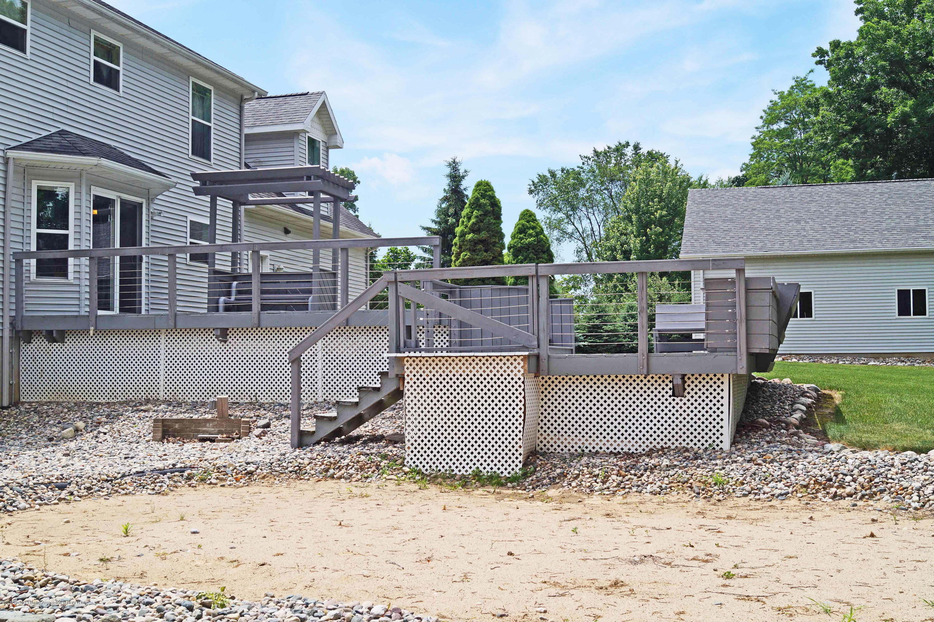 4691 Amber Ln - Tiered Deck - 34