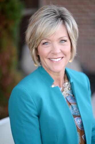Sue Dickinson agent image