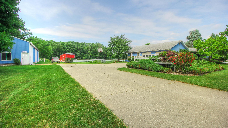 1750 W Mead Rd - Side yard - 6