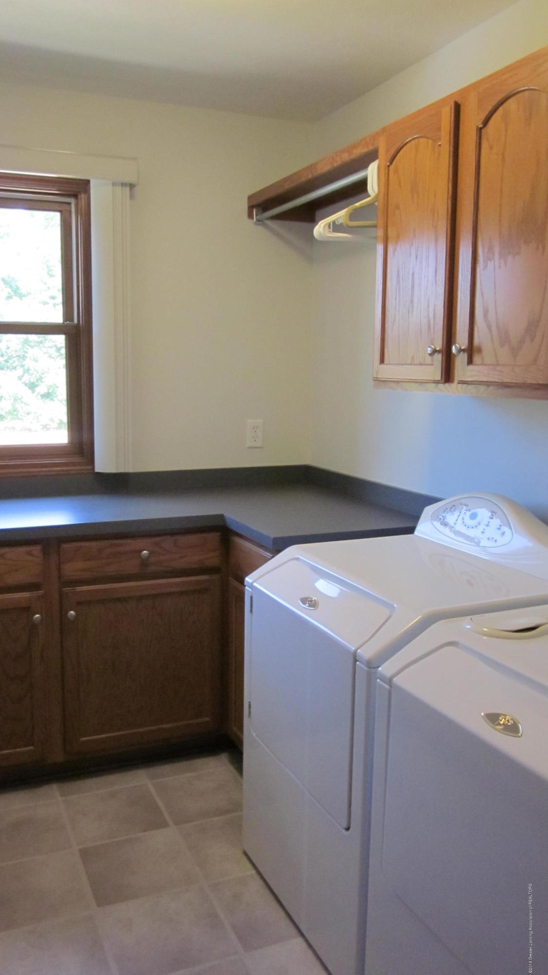 5384 S Stine Rd - Laundry - 11
