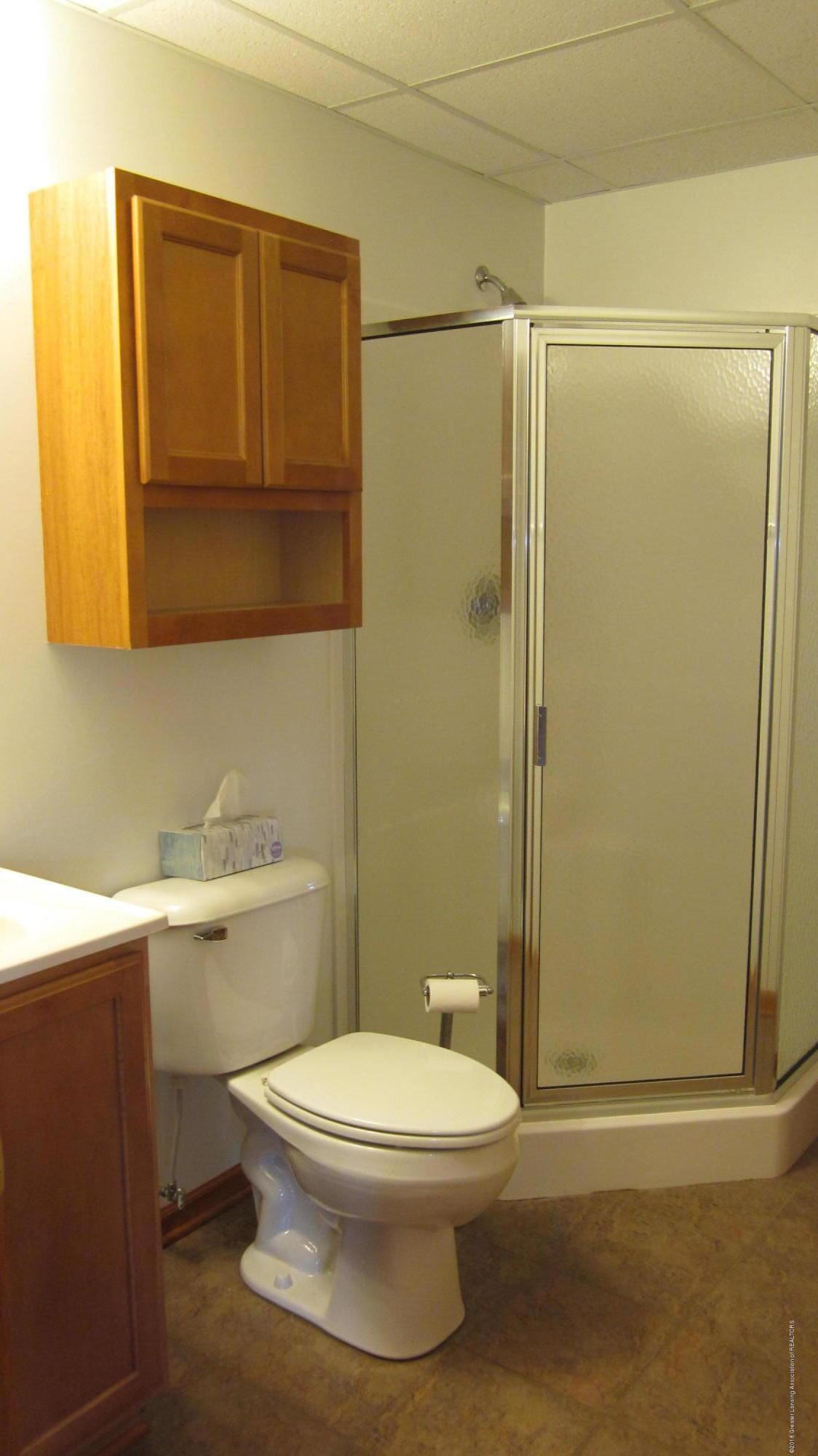 5384 S Stine Rd - Basement bath - 34