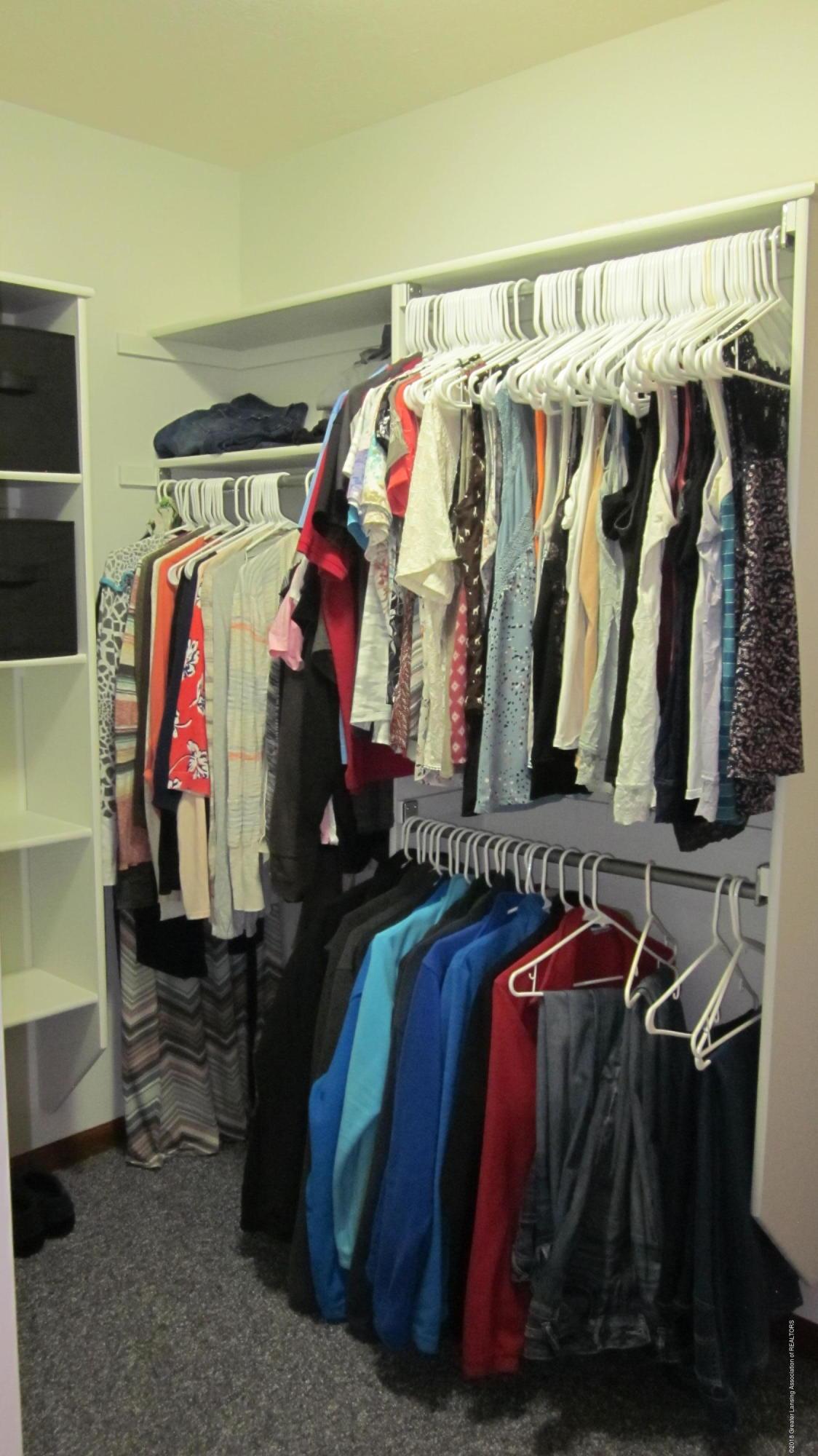 5384 S Stine Rd - master closet - 14
