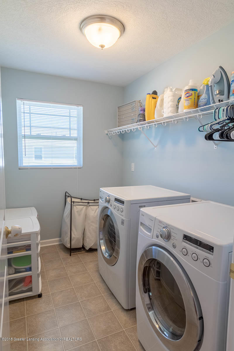 668 Puffin Pl - Upstairs Laundry - 27