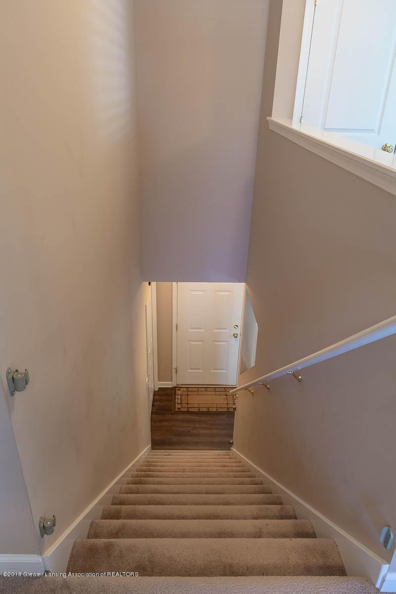 668 Puffin Pl - Stairwell - 35