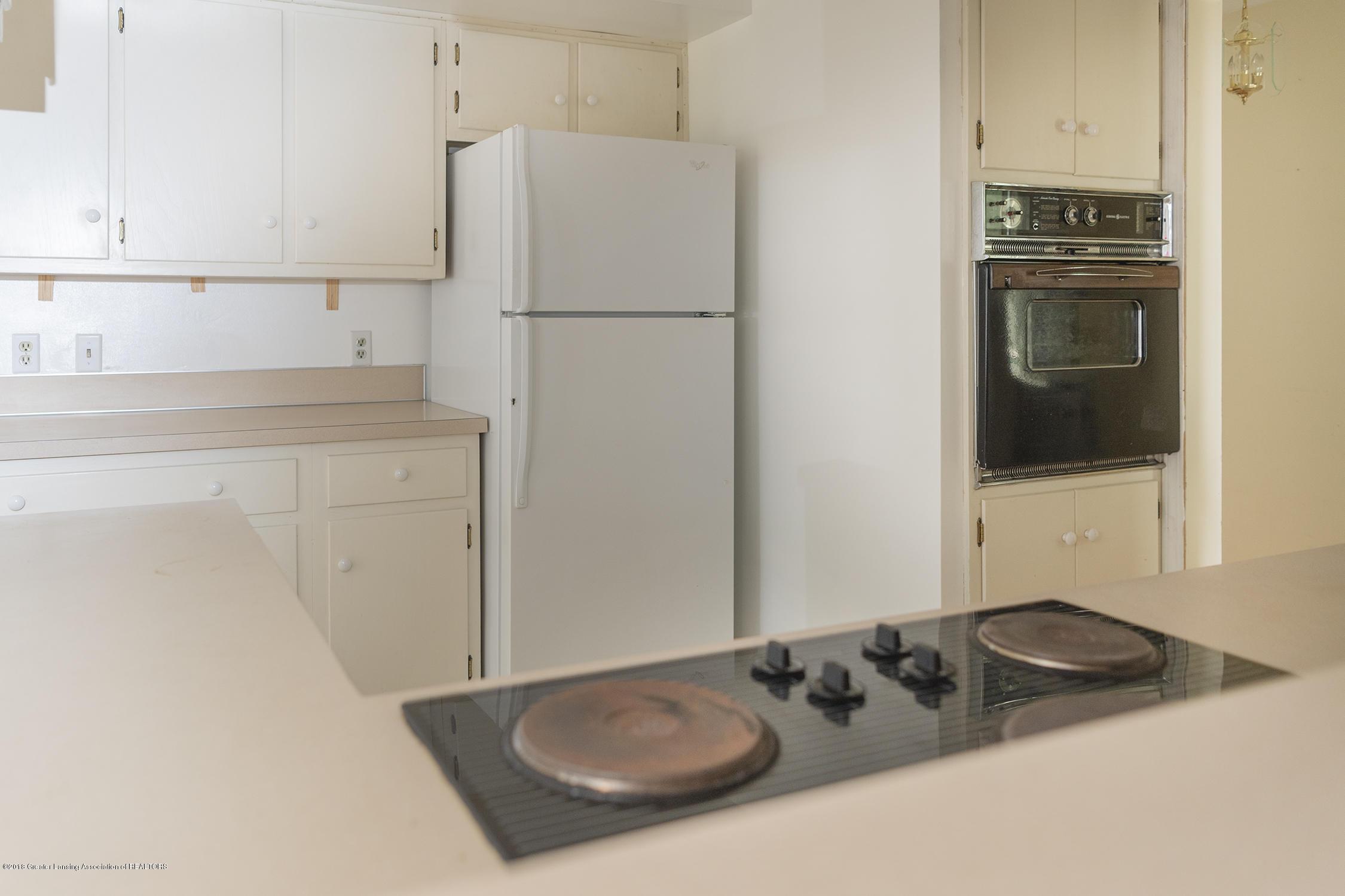 1267 Woodingham Dr - kitchen - 4
