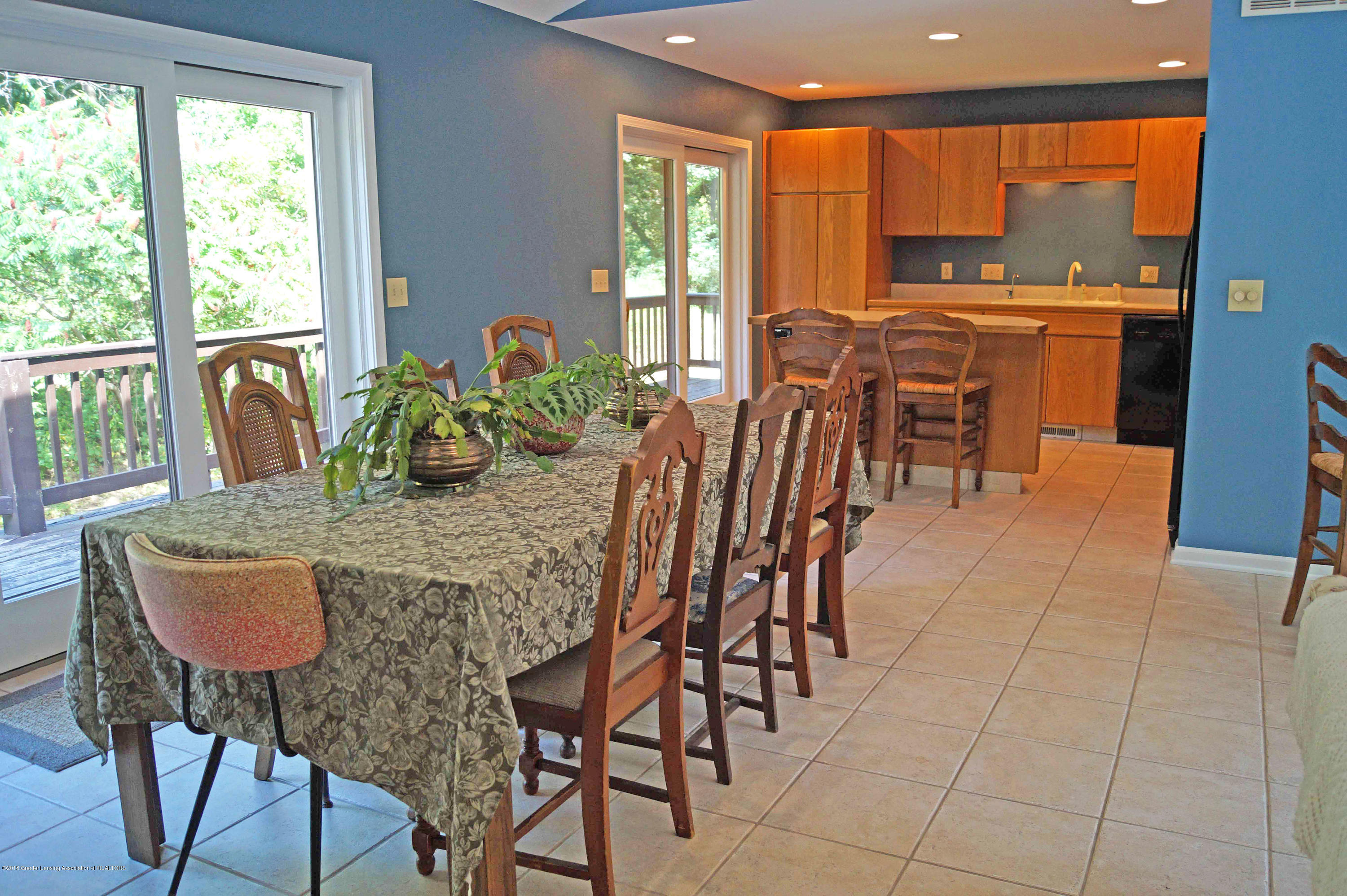 3720 Colby Rd - Dining Area - 11