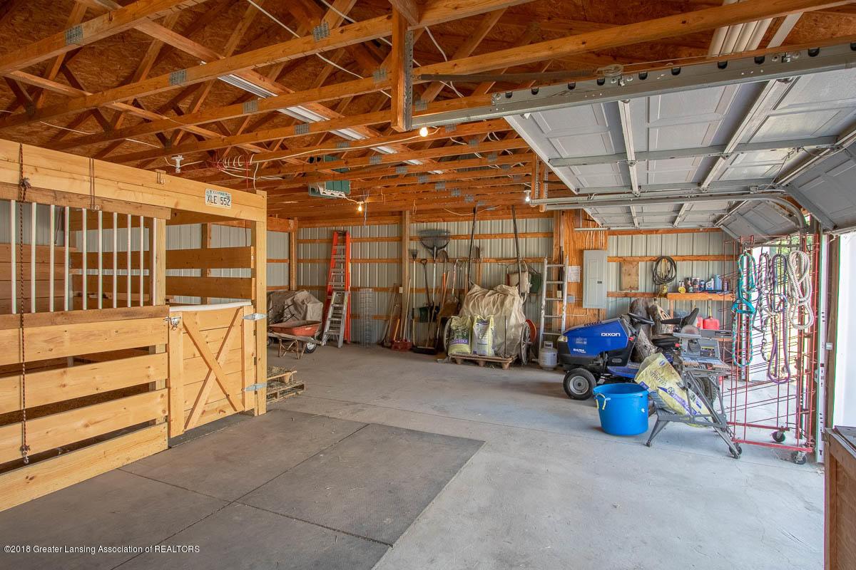 7511 Herbison Rd - Barn Interior View - 34