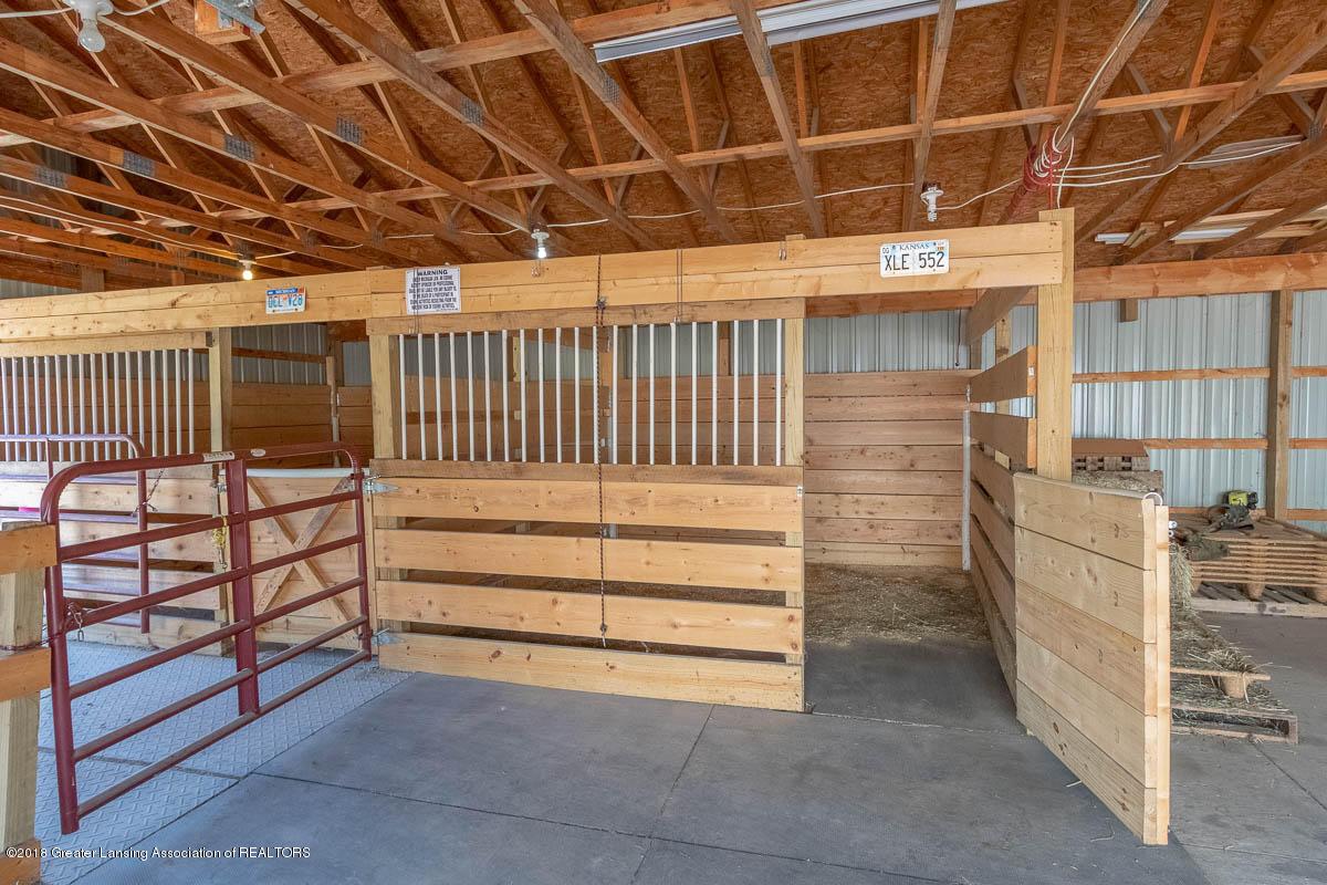 7511 Herbison Rd - Barn Interior View - 35