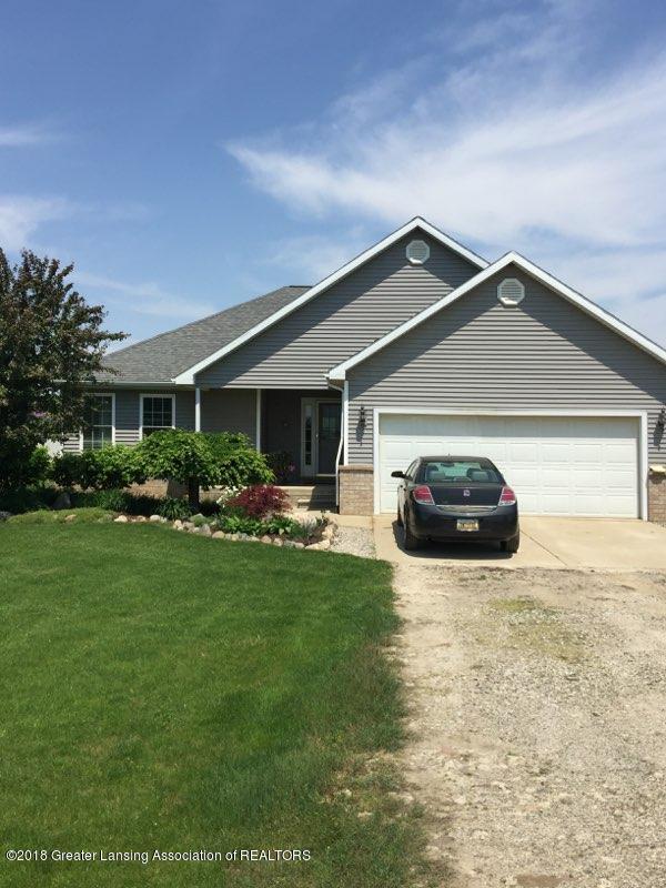 1480 W Mead Rd - driveway view - 1