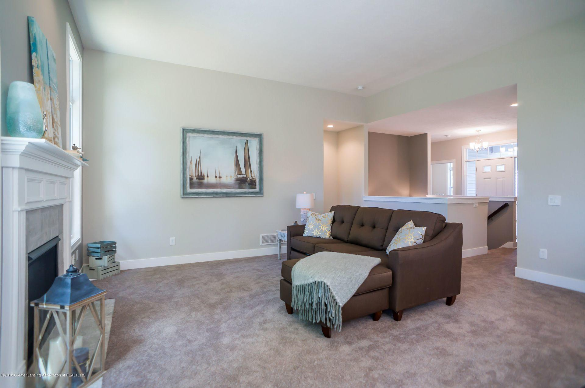 1560 Lytell Johnes Path  - living room 2 - 7
