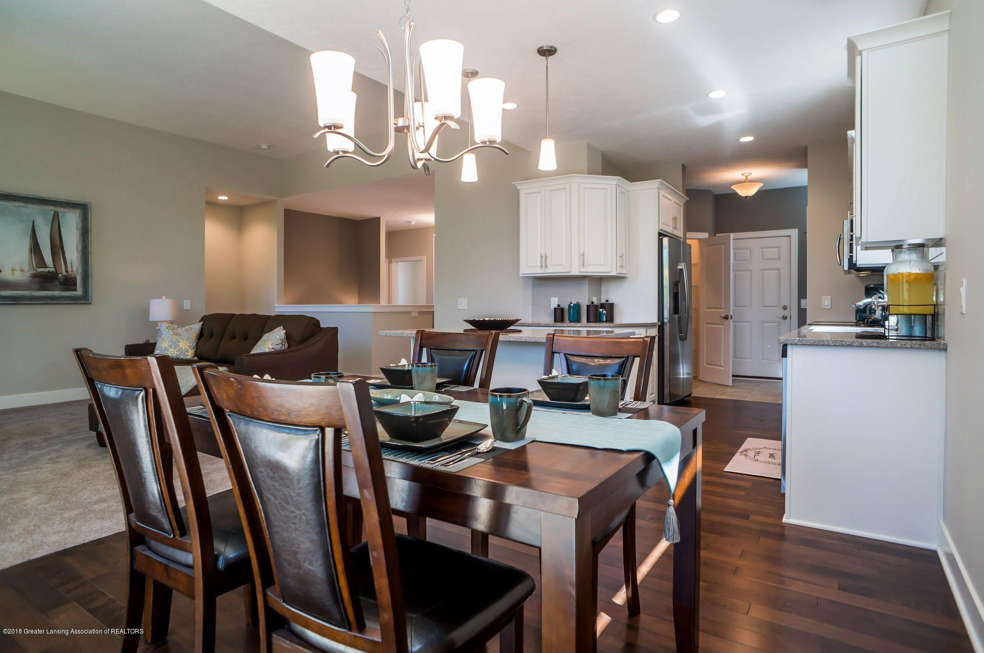 1560 Lytell Johnes Path  - kitchen and nook - 10