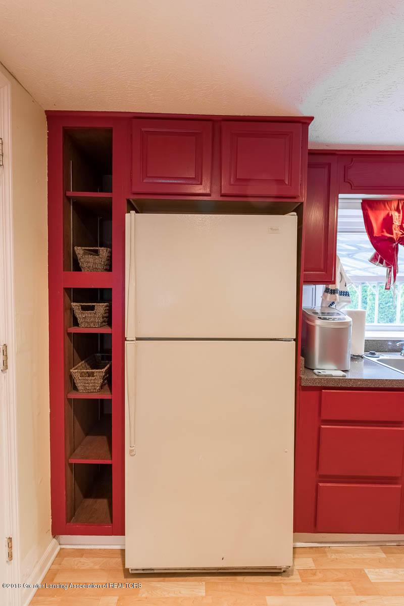 6112 Columbia St - Kitchen - 13