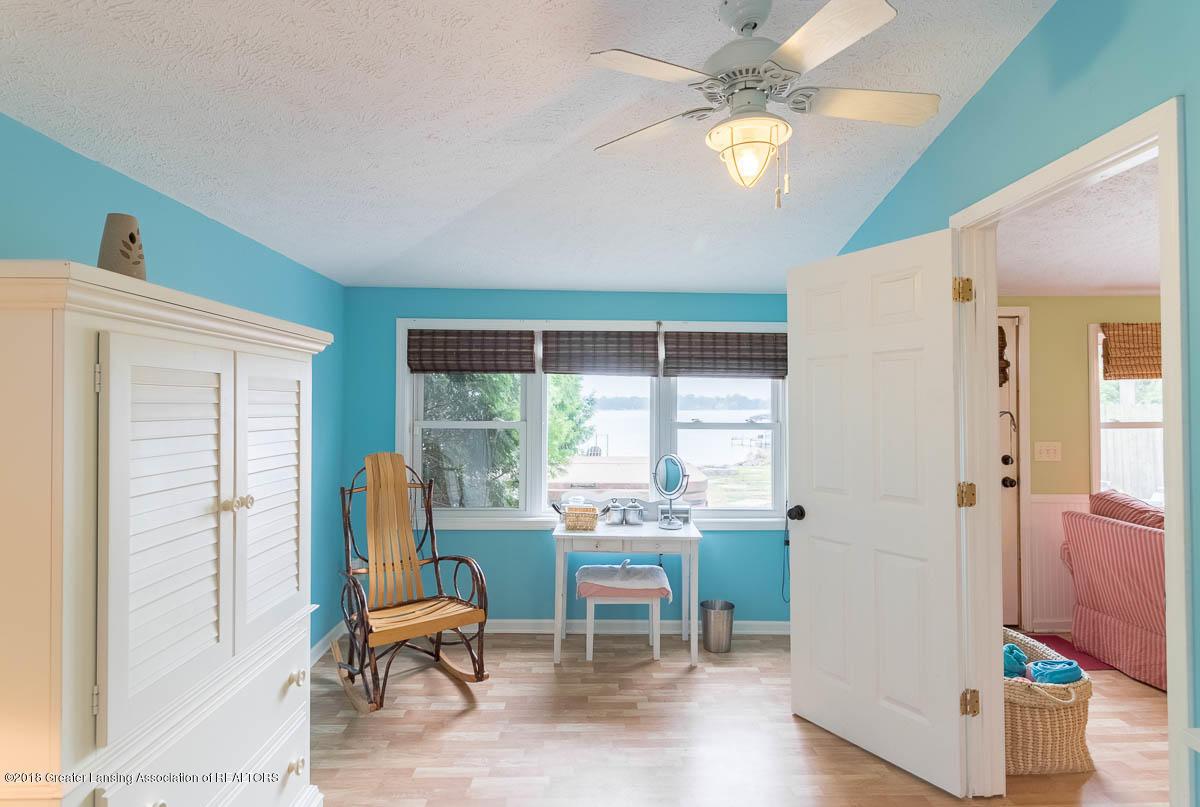 6112 Columbia St - Master Bedroom - 23