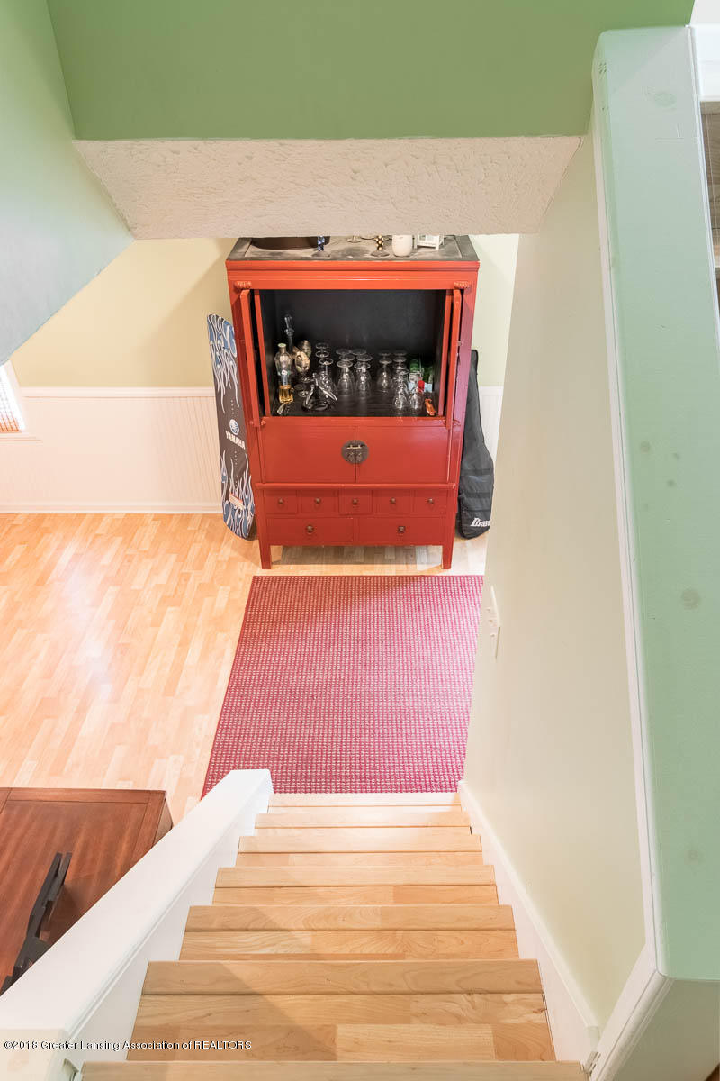 6112 Columbia St - Stairway to Upper Level - 27