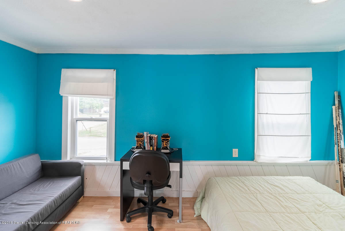 6112 Columbia St - Bedroom - 32