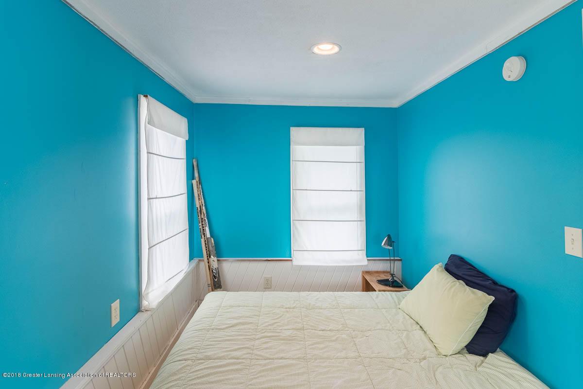 6112 Columbia St - Bedroom - 33