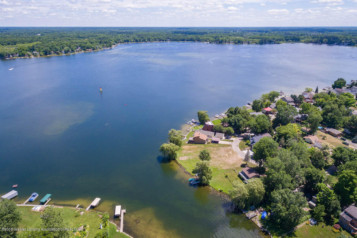 6112 Columbia St - Aerial Lake View - 42