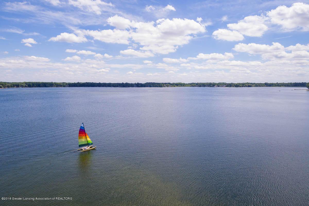 6112 Columbia St - Aerial Lake View - 43