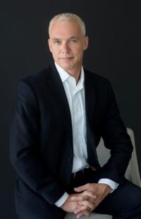 Craig R Benham agent image