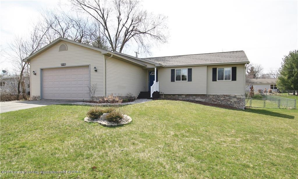 7980 Walters Dr - FRONT EXTERIOR - 1