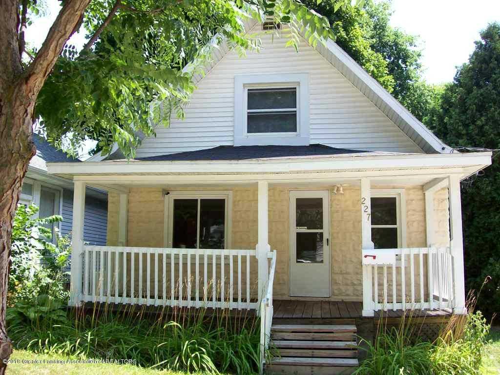 227 S Foster Ave - 000_0093 - 1