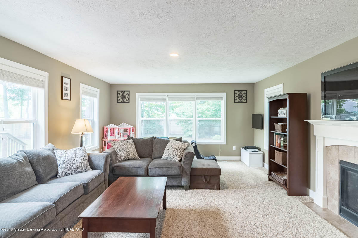 8603 Wheatdale Dr - Family Room - 13