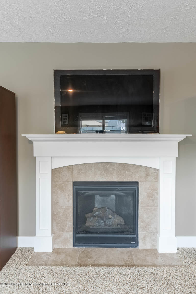 8603 Wheatdale Dr - Family Room - 14
