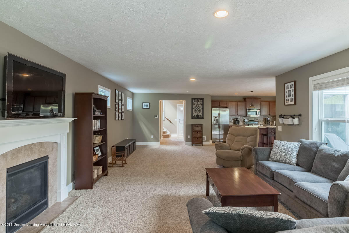 8603 Wheatdale Dr - Family Room - 15